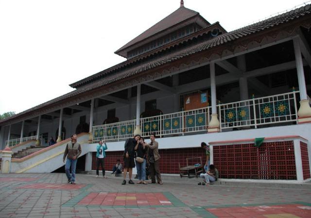 Istana Sultan Maulana - Lokasi yang paling bagus, terpelihara dengan baik.
