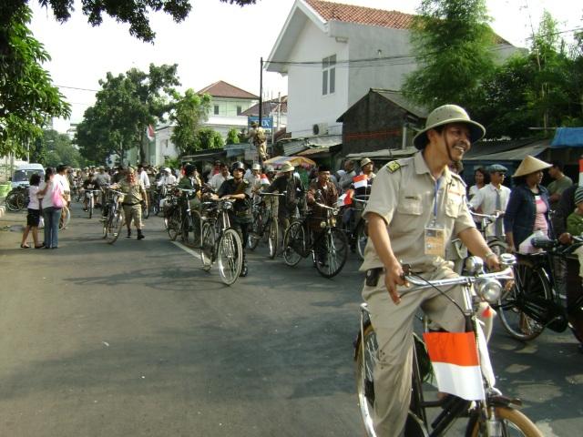 """Ontelis Indonesia yang akan mengulang & mengenang sejarah Karawang-Bekasi, Nantikan acaranya pada tanggal 20 Februari 2010 di Agenda """" Napak Tilas Pangkal Perdjoangan Karawang-Bekasi"""""""